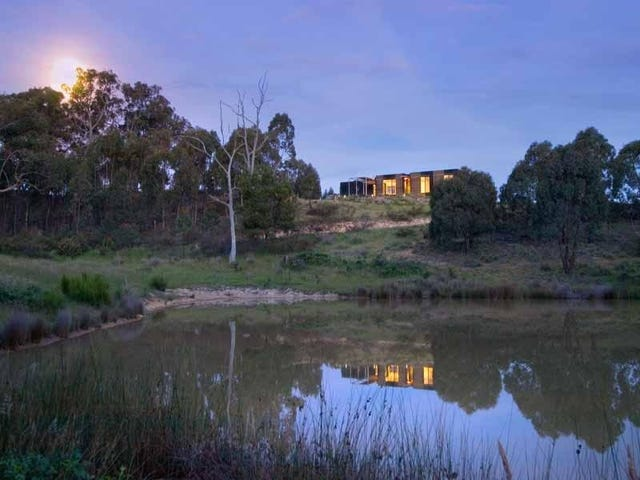 318 Sawpit Gully Road, Mount Franklin, Vic 3461