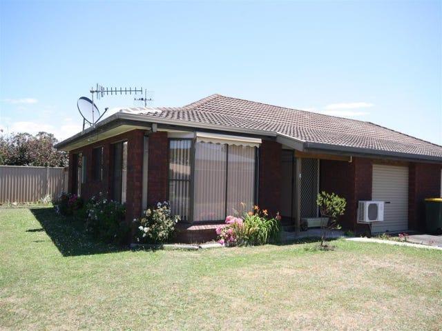 2/11 Freestone Crescent, Wynyard, Tas 7325