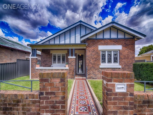 28 Ogilvy Street, Blayney, NSW 2799