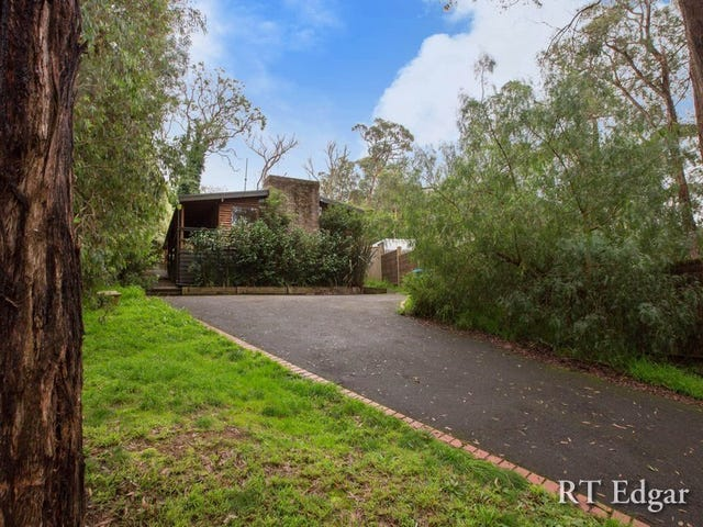 18 Red Hill Road, Red Hill, Vic 3937