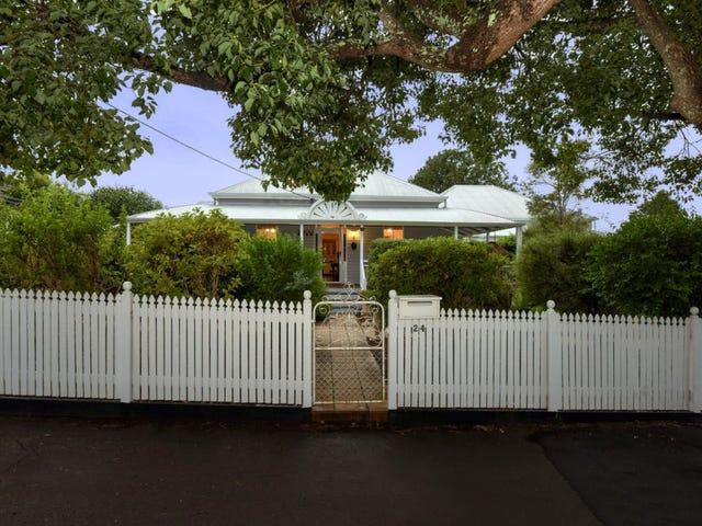24 Arthur Street, East Toowoomba, Qld 4350