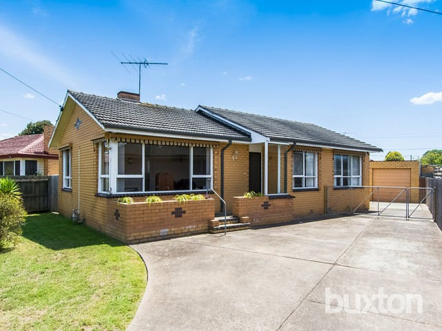 13 Dorward Avenue, Newcomb, Vic 3219