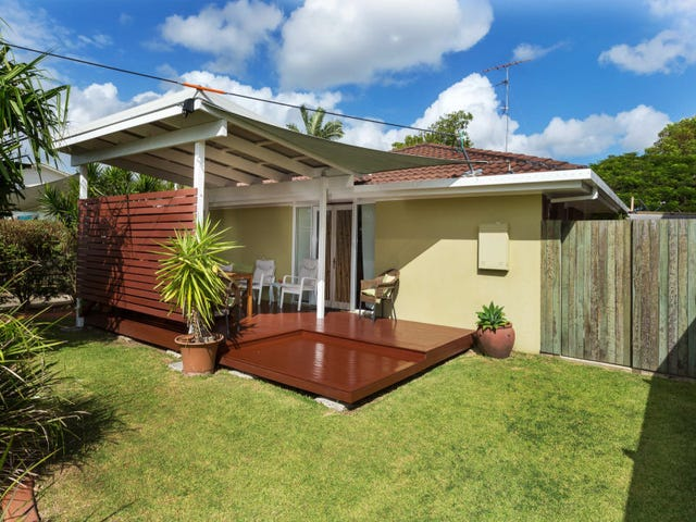 10 Crown Street, Currimundi, Qld 4551