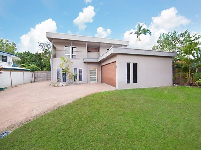 28 Peter Street, Kelso, Qld 4815