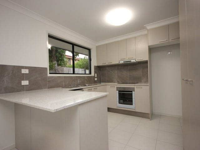 15 Luxor Street, Southport, Qld 4215
