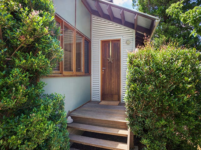 16 Lawson View Parade, Wentworth Falls, NSW 2782
