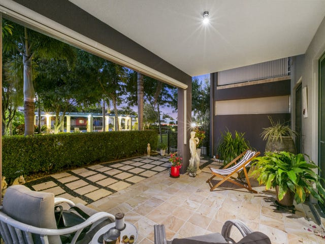 2053/1 The Vistas Drive, Carrara, Qld 4211