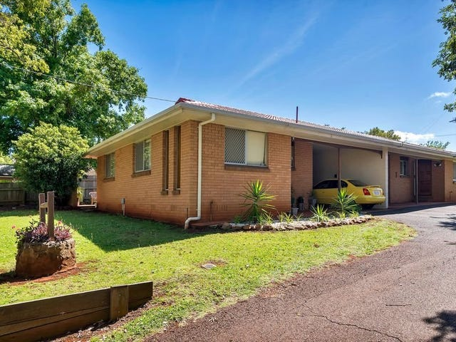 72 Hume Street, North Toowoomba, Qld 4350