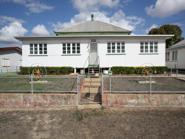 12 Hodgkinson Street, Charters Towers, Qld 4820