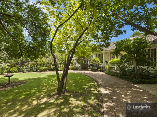 3 Dorset Drive, St Ives, NSW 2075