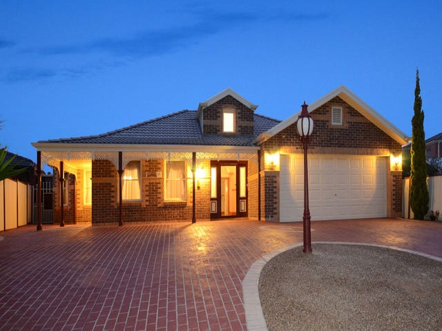 19 Rowell Place, Taylors Lakes, Vic 3038