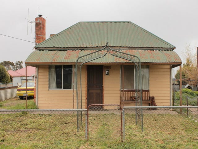 16 Angus Street, Clunes, Vic 3370