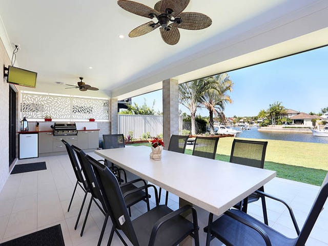 1 Dugong Crescent, Banksia Beach, Qld 4507