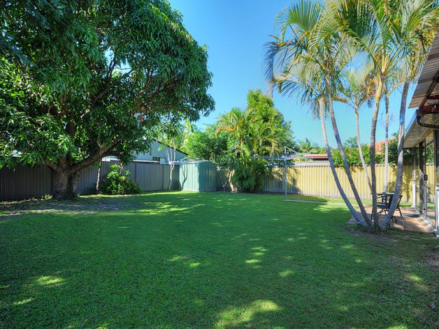 19 Launch Road, Mermaid Waters, Qld 4218