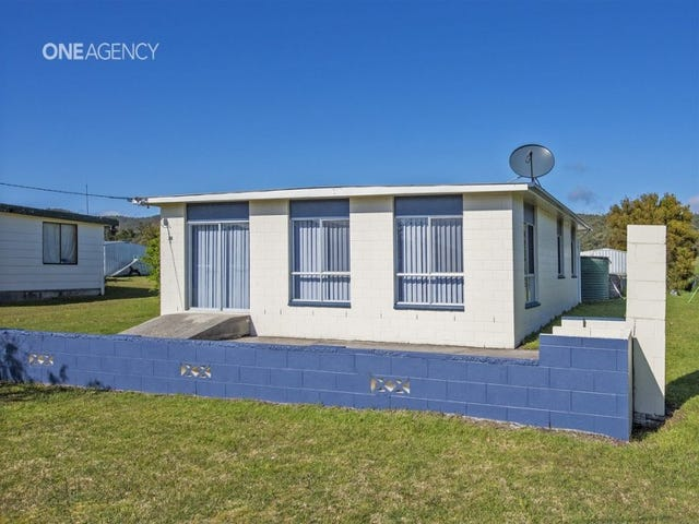 38 Irby Boulevard, Sisters Beach, Tas 7321