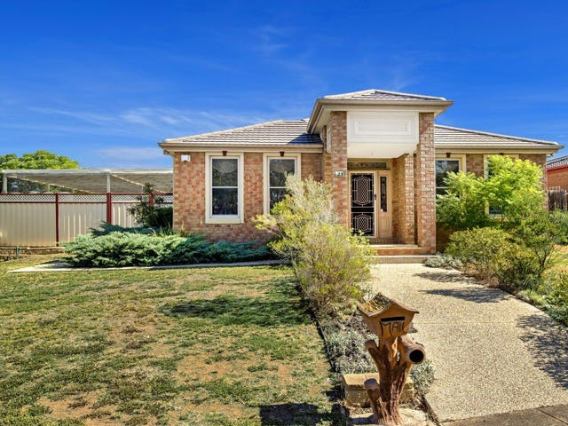 23 Watervale Boulevard, Taylors Hill, Vic 3037