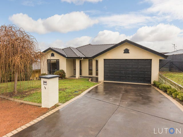 70 Hugh McKay Crescent, Dunlop, ACT 2615
