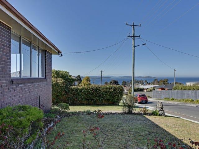 9 Tingira Road, Blackmans Bay, Tas 7052