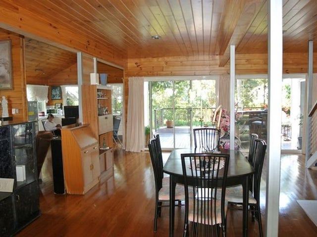 28 Blue Bay Crescent, Macleay Island, Qld 4184