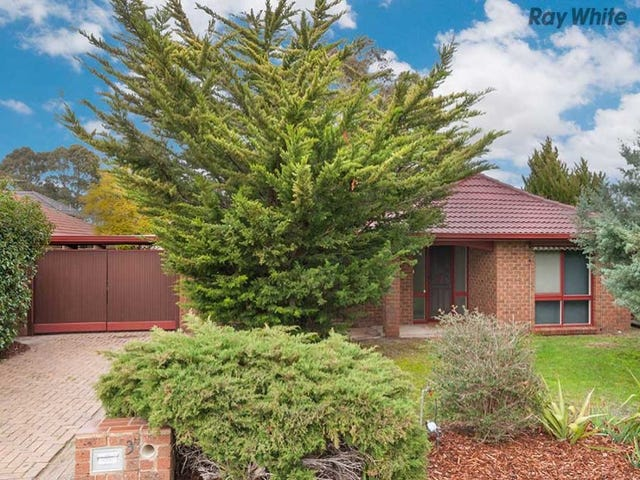 3 Eurora Court, Taylors Lakes, Vic 3038