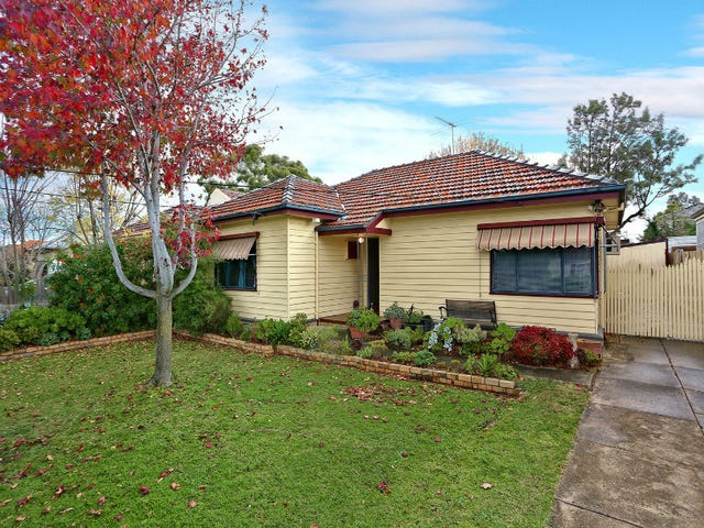 35 Halsbury Street, Hadfield, Vic 3046