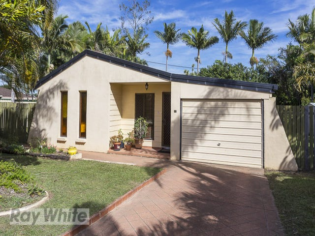 17 Strachan Road, Victoria Point, Qld 4165