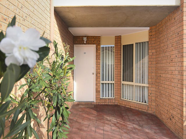 31/12 Albermarle Place, Phillip, ACT 2606