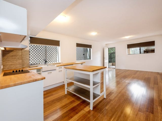 101 Gray Rd, West End, Qld 4101