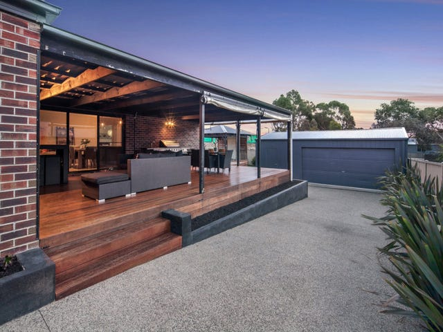 6 Cecile Court, Canadian, Vic 3350