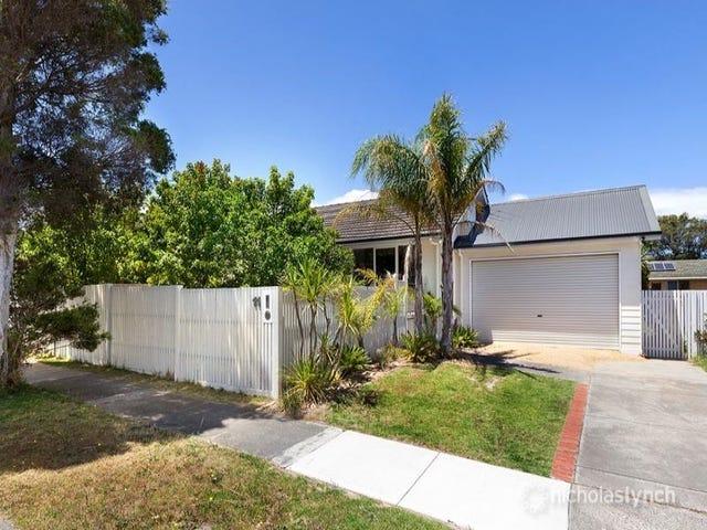 11 Moona Avenue, Mornington, Vic 3931