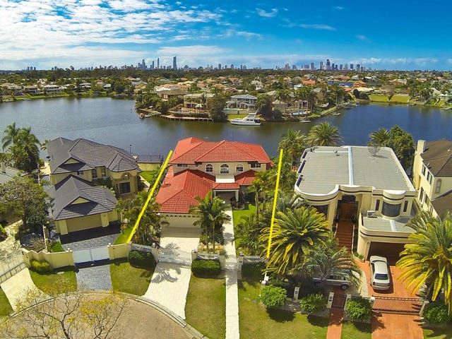 17 Tortuga Place, Clear Island Waters, Qld 4226