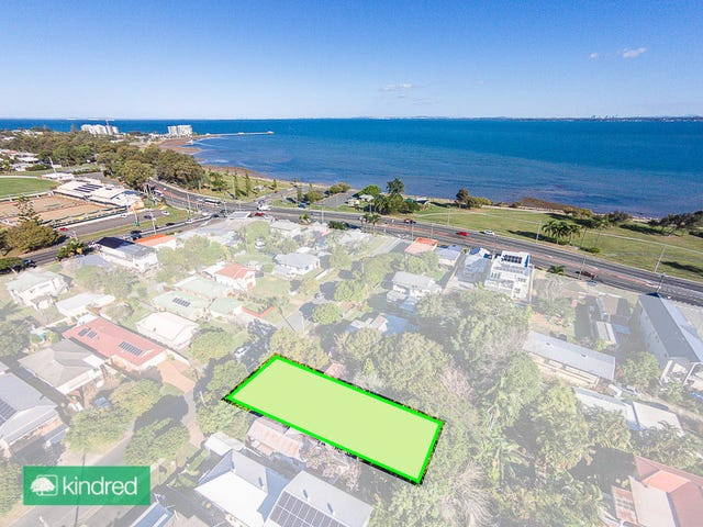 7 McLennan Street, Woody Point, Qld 4019