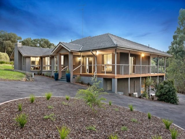 7 Fleming Court, Research, Vic 3095