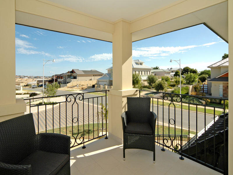 1 Cooya Pass, Burns Beach, WA 6028
