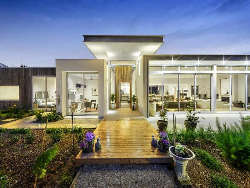 Where are the grand designs australia homes now for Grand design homes