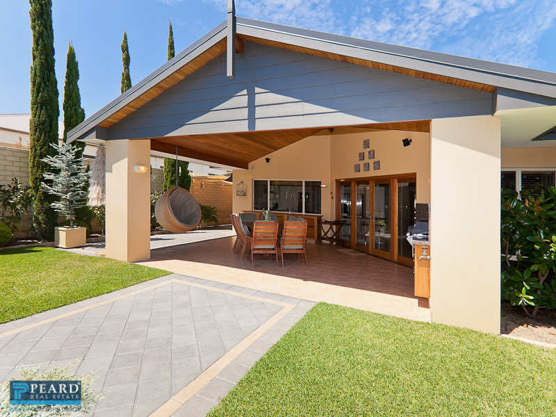 24 Mariners View, Mindarie, WA 6030