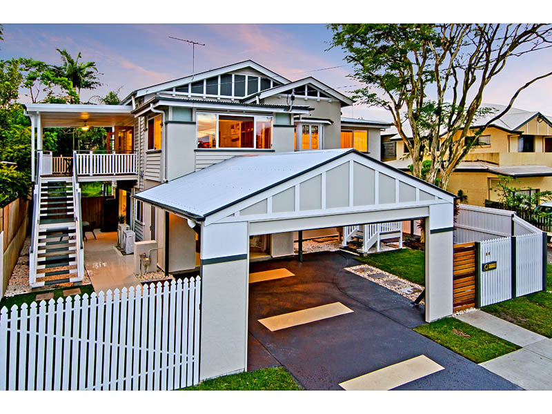 Modern queenslander house designs house and home design for Modern queenslander home designs