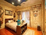 bedrooms image: golds, bookcase - 229250