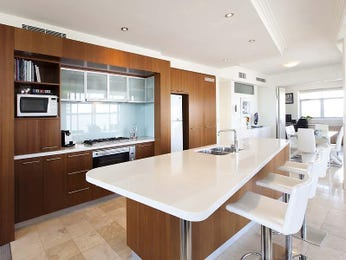 Modern single-line kitchen design using frosted glass - Kitchen Photo 7902705