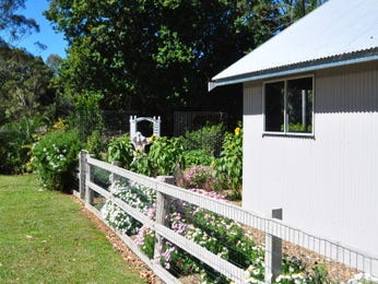 Photo of a cottage garden design from a real Australian home - Gardens photo 109748