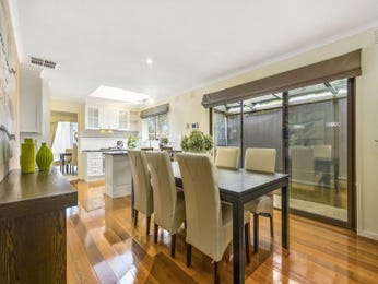 Photo of a dining room design idea from a real Australian house - Dining Room photo 16270233