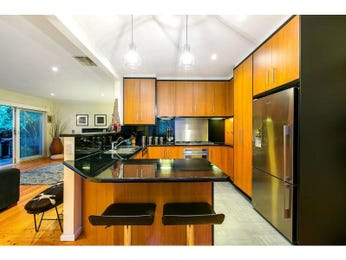 Wood panelling in a kitchen design from an Australian home - Kitchen Photo 8553725