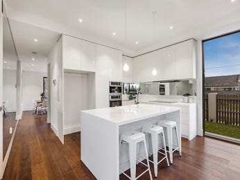 Floorboards in a kitchen design from an Australian home - Kitchen Photo 8667953