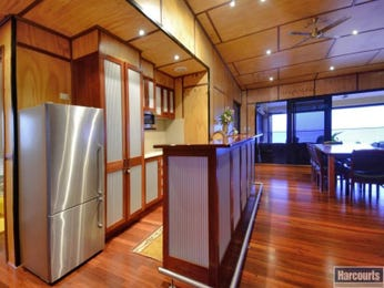 Modern kitchen-dining kitchen design using floorboards - Kitchen Photo 7572445