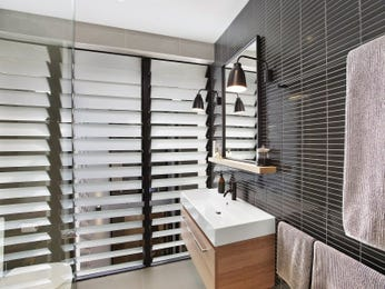 Ceramic in a bathroom design from an Australian home - Bathroom Photo 7477061