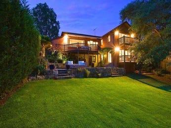 Landscaped garden design using grass with balcony & ground lighting - Gardens photo 172745