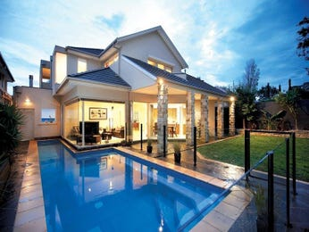 In-ground pool design using grass with glass balustrade & decorative lighting - Pool photo 434366