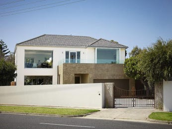 Photo of a glass house exterior from real Australian home - House Facade photo 451161