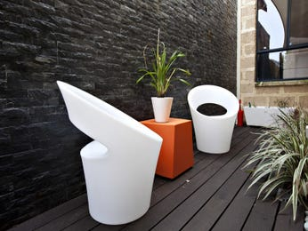 Outdoor living design with deck from a real Australian home - Outdoor Living photo 7925649