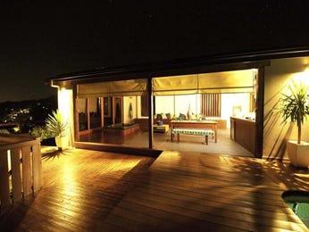 Indoor-outdoor outdoor living design with verandah & decorative lighting using pavers - Outdoor Living Photo 434567